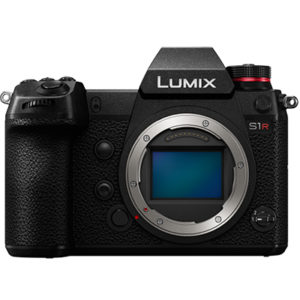 PANASONIC LUMIX S1R (2x batteries / 1x SD 64go)